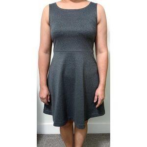 UNIQLO Sleeveless A-Line Dress